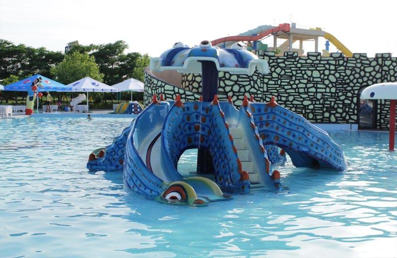 «Осьминог» горки в аквапарке Бердянска